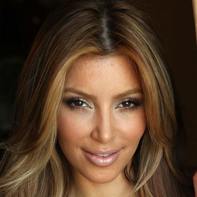 kim kardashian face 2009