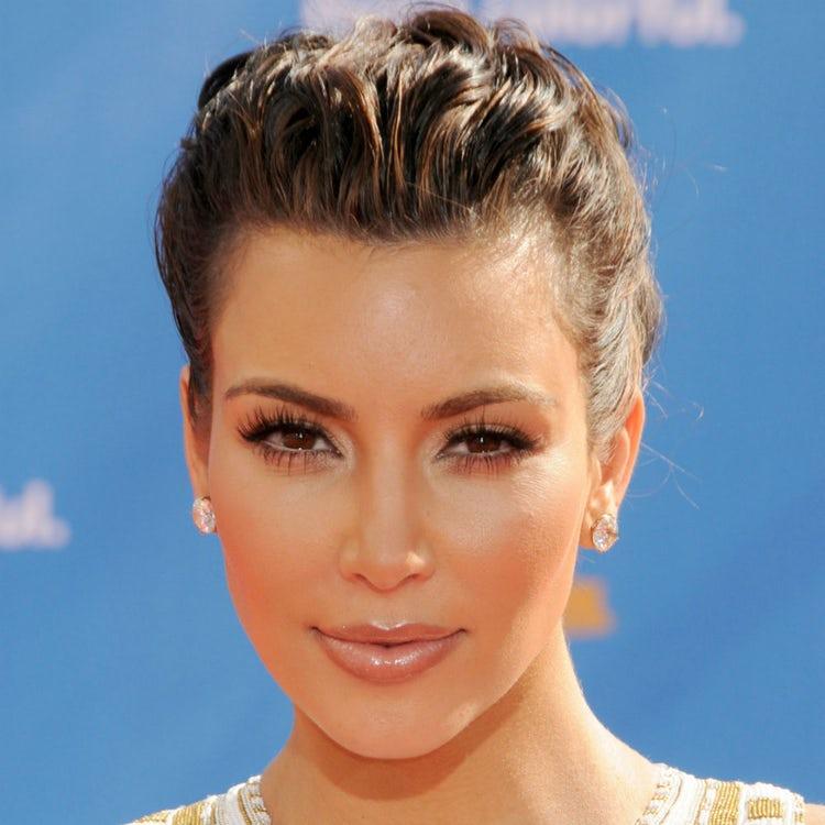 kim kardashian face 2010