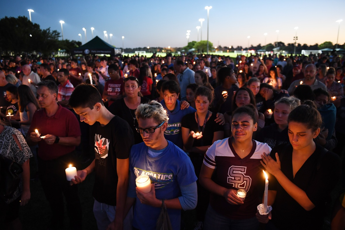 florida shooting candlelight vigil getty