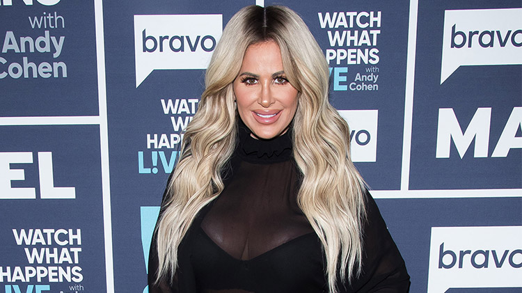 71d4682bfb88  RHOA  Star Kim Zolciak Is Absolutely Glowing in Her No Makeup
