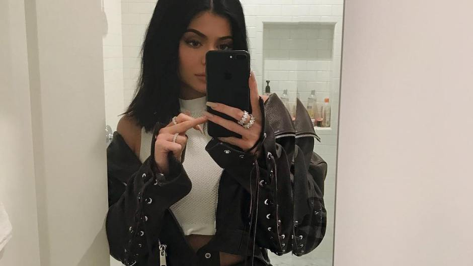 kylie-jenner-pregnant-picture
