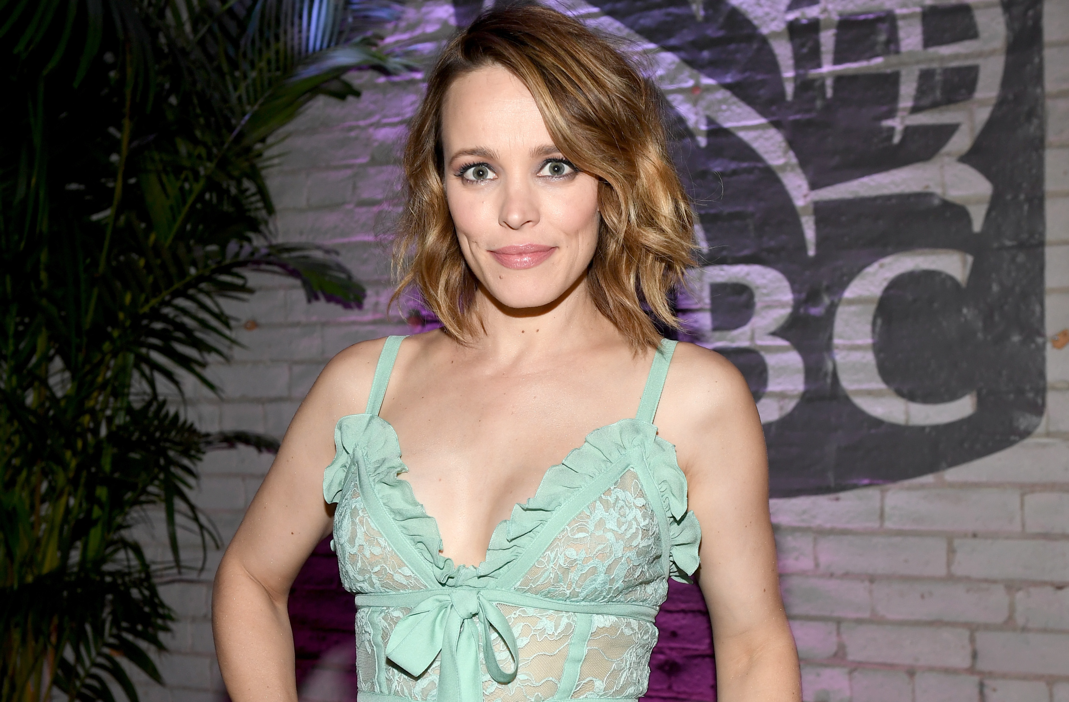 Rachel McAdams Is Pregnant! She's Expecting Baby No. 1 ...