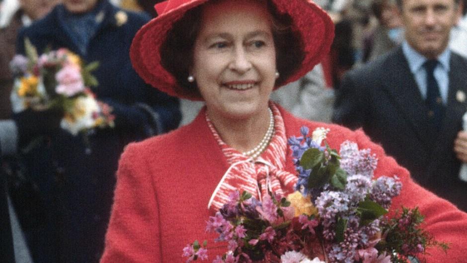 assassination-attempt-queen-elizabeth