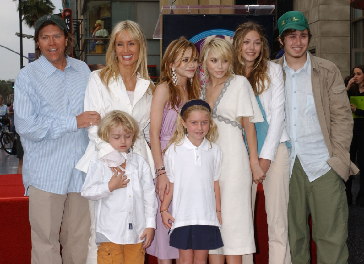 mary-kate and ashley family