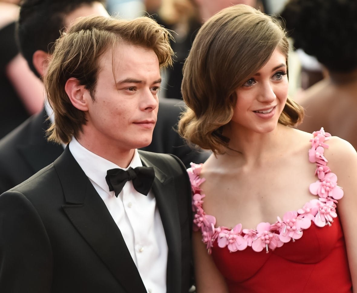 natalia dyer charlie heaton getty images