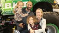 kendra-wilkinson-kids-hank-baskett-split