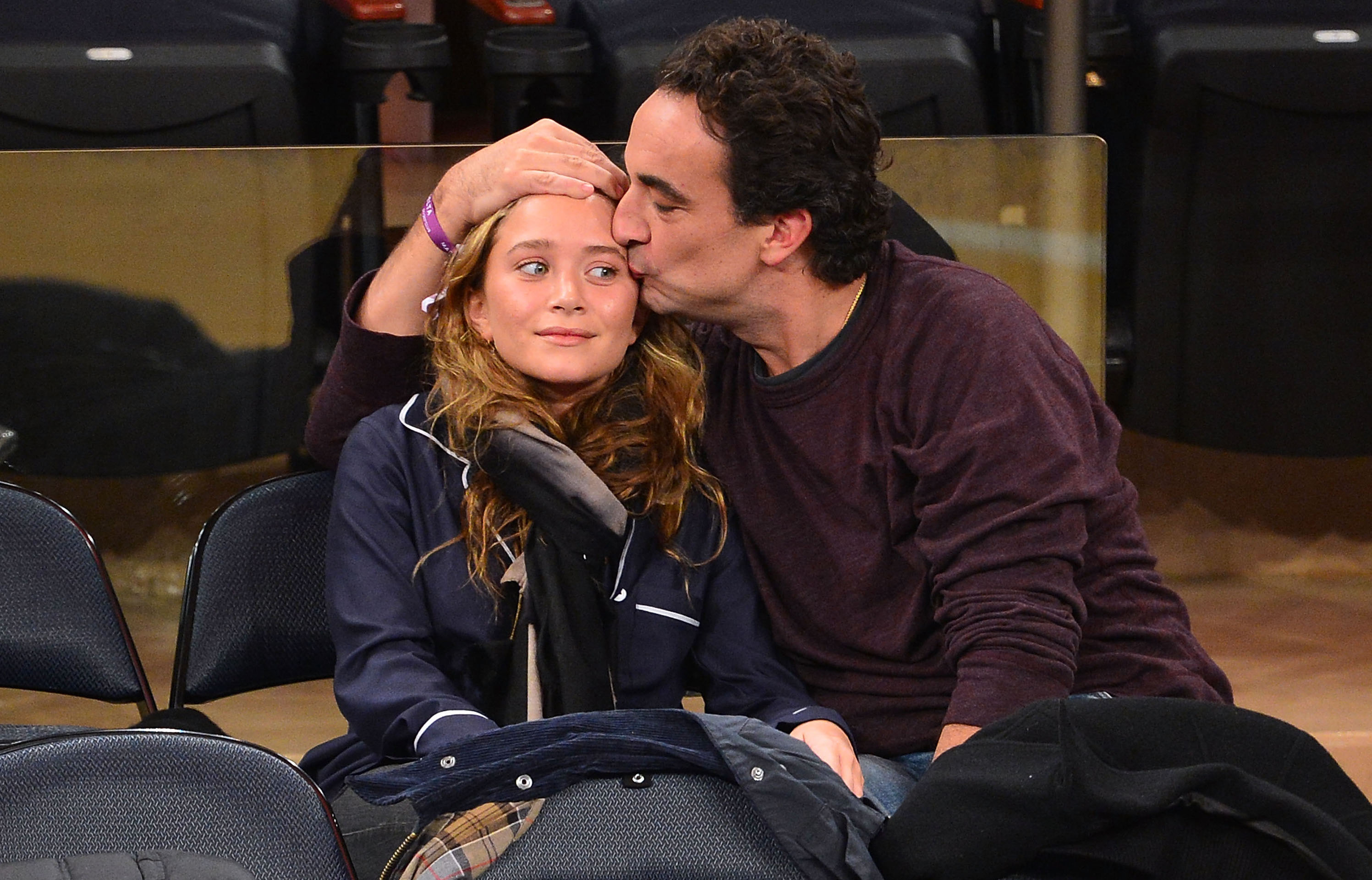 Chilling Photos Of Mary-Kate Olsen And Husband Olivier Sarkozy