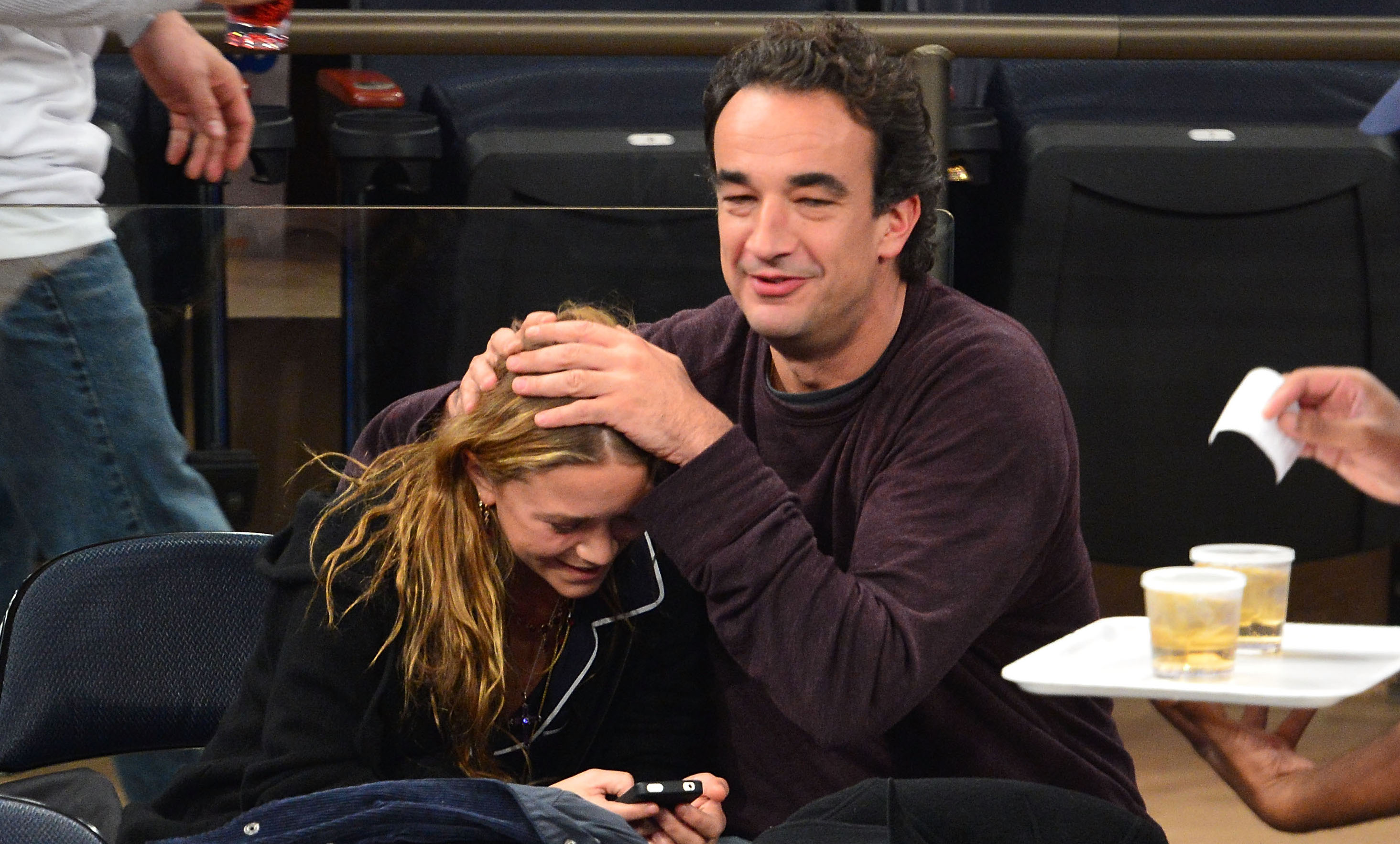 Chilling Photos Of Mary Kate Olsen And Husband Olivier Sarkozy