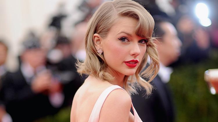 Taylor Swift's Stalker, Frank Andrew Hoover, Gets Decade