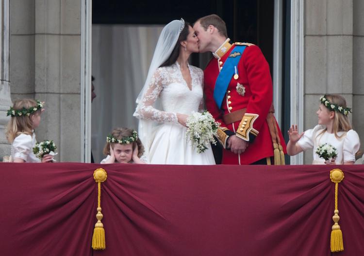 kate middleton prince william kiss
