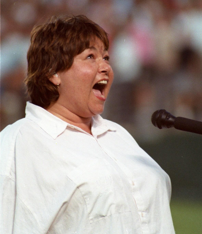 roseanne barr national anthem