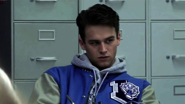 What Happened To Justin Foley On 13 Reasons Why A Guide To The