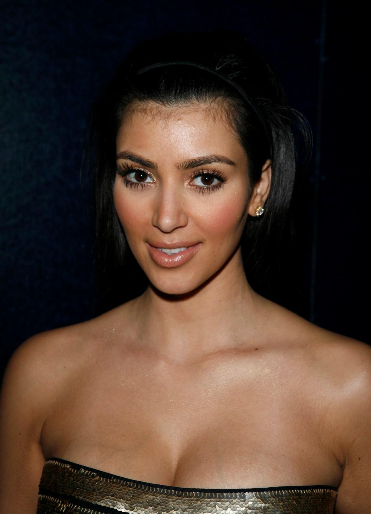 kim-kardashian-2007