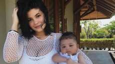 kylie jenner stormi webster first words