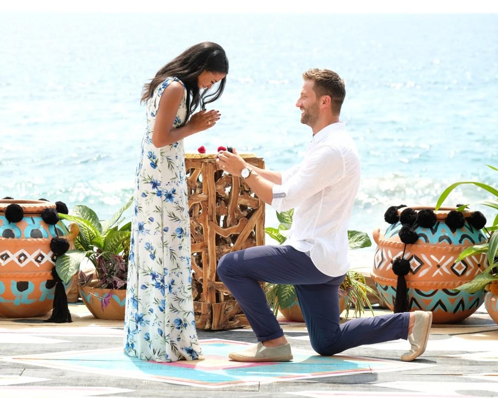 KATIE MORTON, CHRIS BUKOWSKI Getting Engaged on Bachelor in Paradise