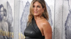 jennifer-aniston-date-younger-men-split-justin-theroux