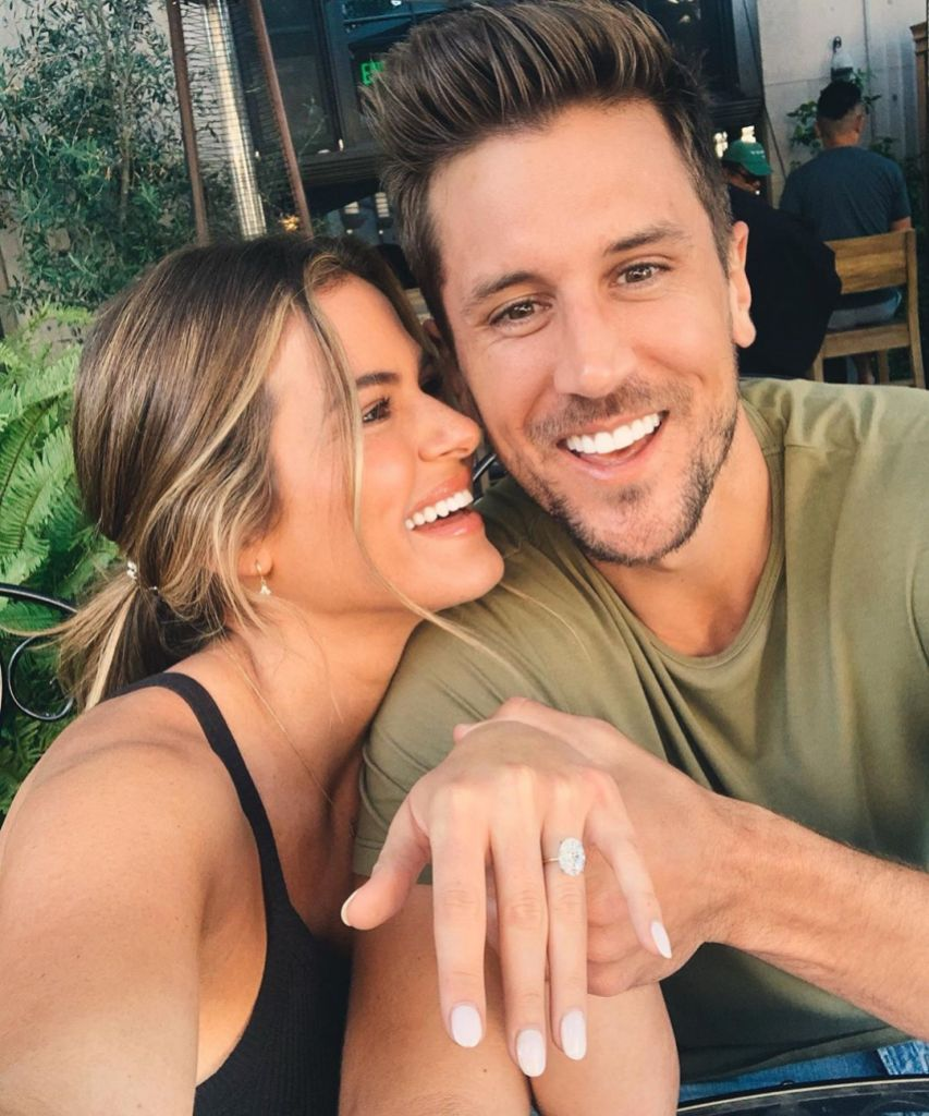 JoJo Fletcher New Engagement Ring With Jordan Rodgers (1)