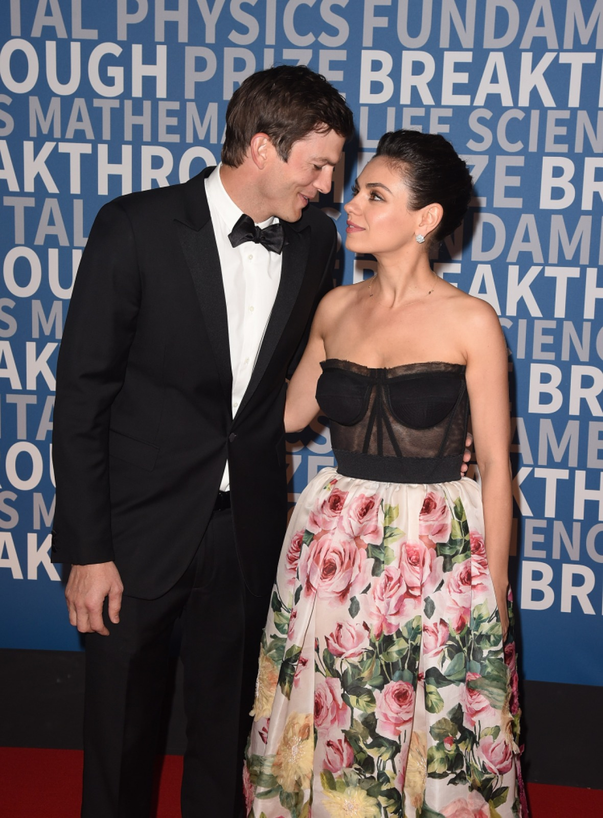 mila kunis ashton kutcher getty images