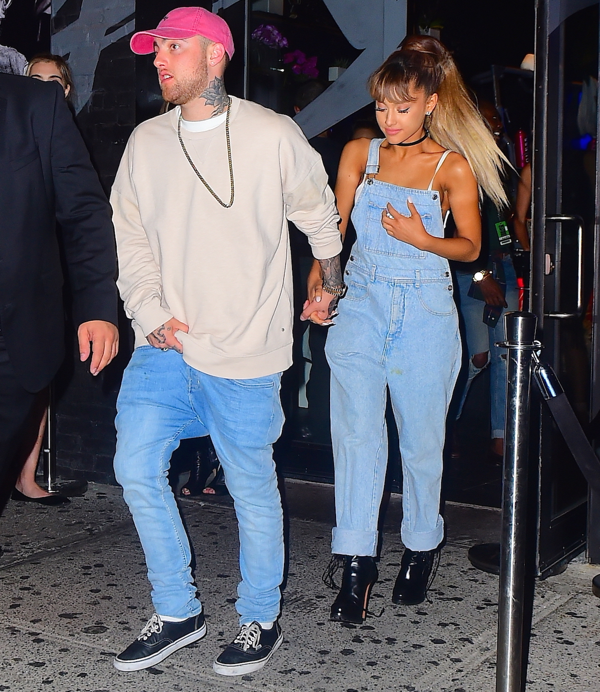 e99b460eee084 Ariana Grande Reacts To Video Of Late Ex Mac Miller Listening To Her Music    He Is Supposed To Be Here