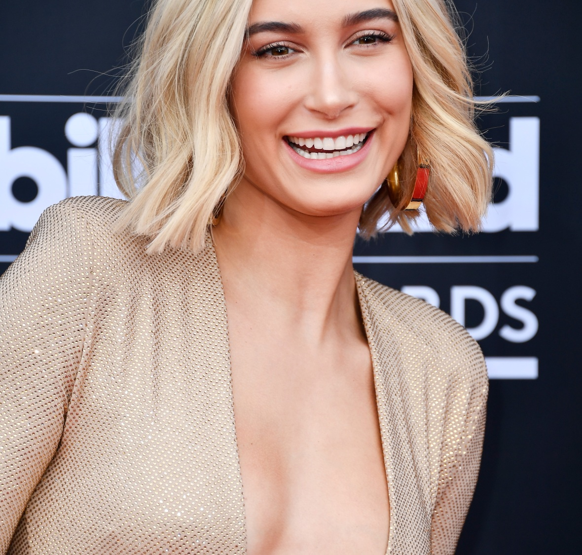 hailey baldwin getty images