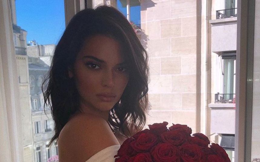 Kendall Jenner strips completely naked for photoshoot as