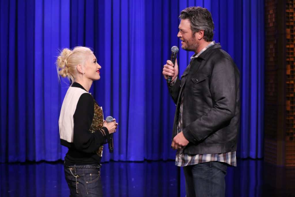 Blake and Gwen singing on The Tonight Show