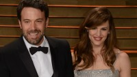 Jennifer Garner and Ben Affleck posing