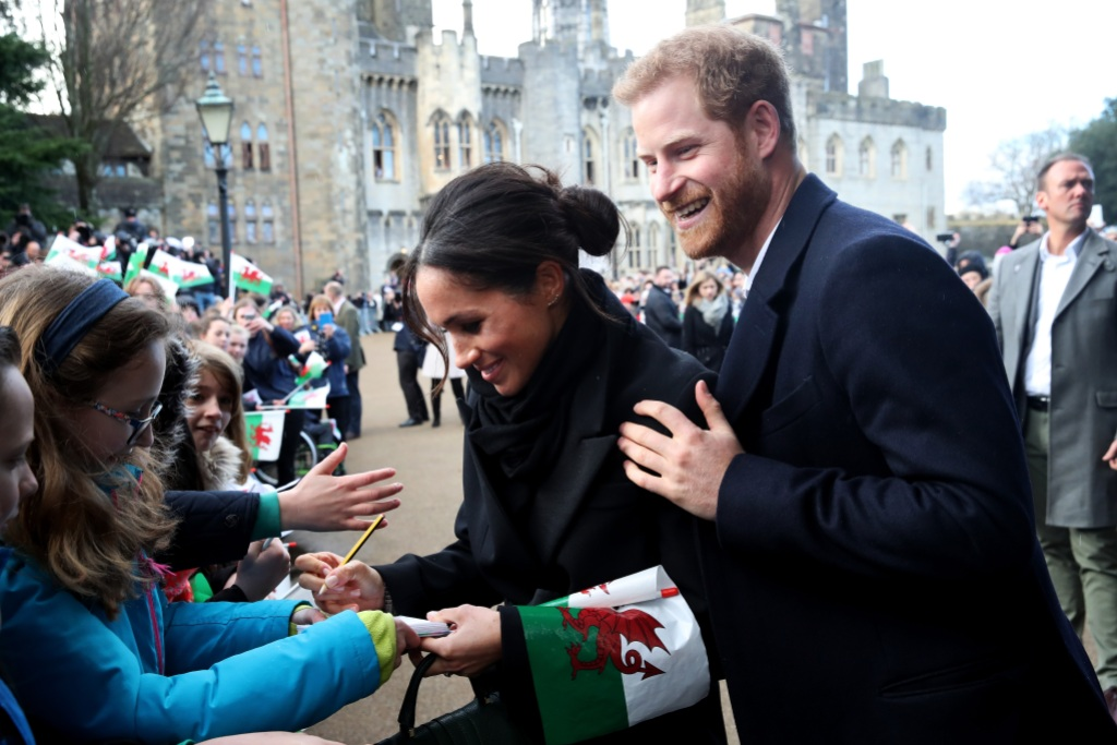 harry meghan move to frogmore cottage
