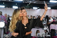 Behati Prinsloo and Candice take a selfie together
