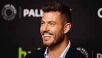 Jesse Palmer Holiday Baking Championship