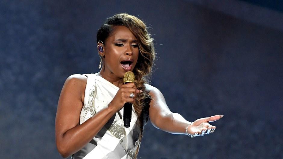 Jennifer Hudson singing
