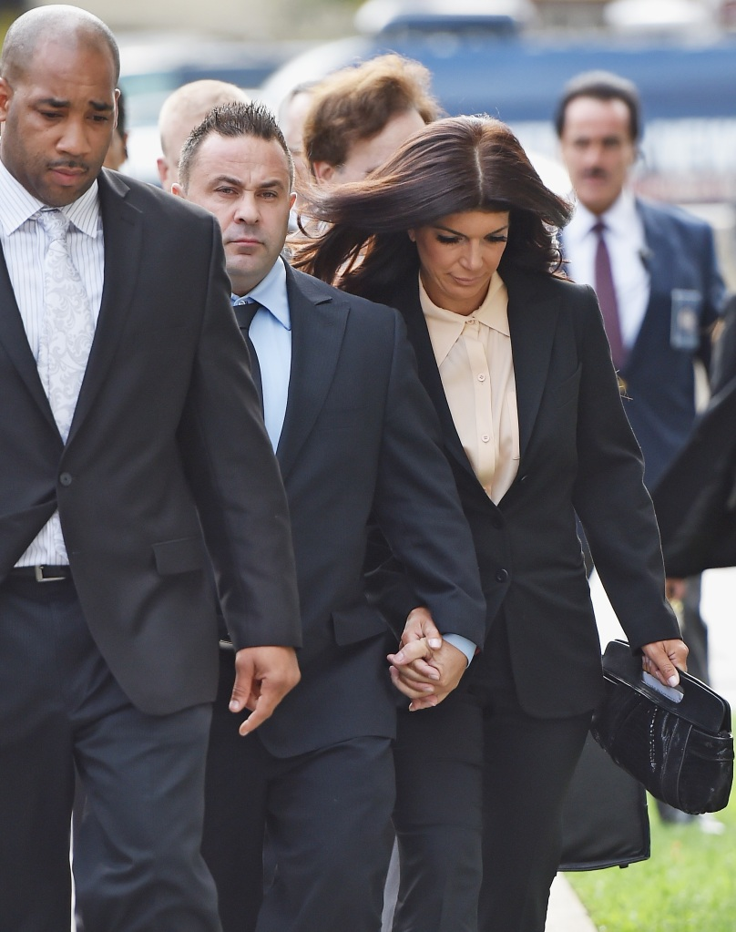 Teresa and Joe Giudice walking into court