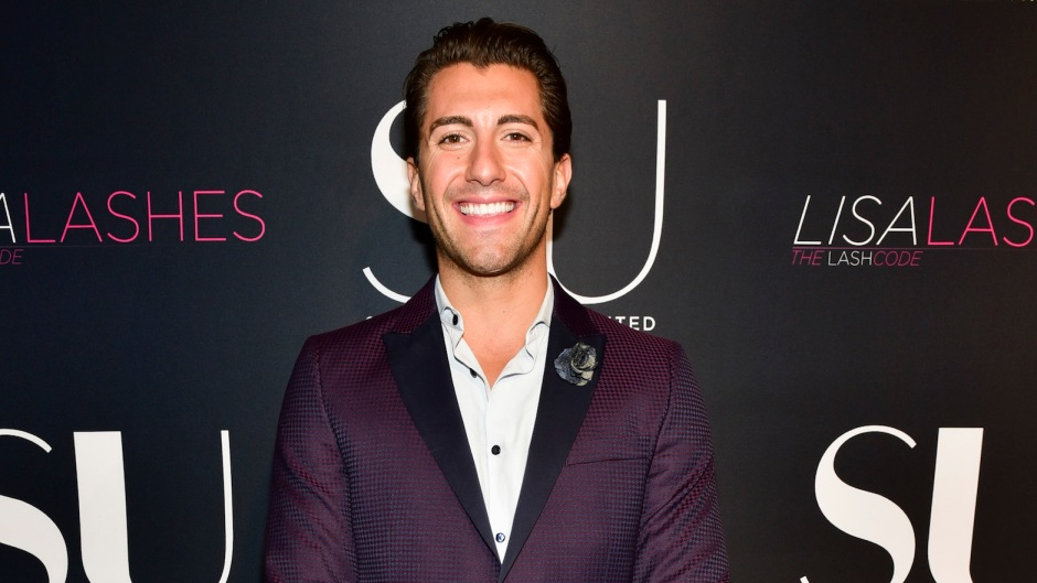 Jason Tartick backlash on Instagram for telling women to put their boobs and butts away on Instagram