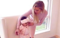 Khloe Kardashian and baby True