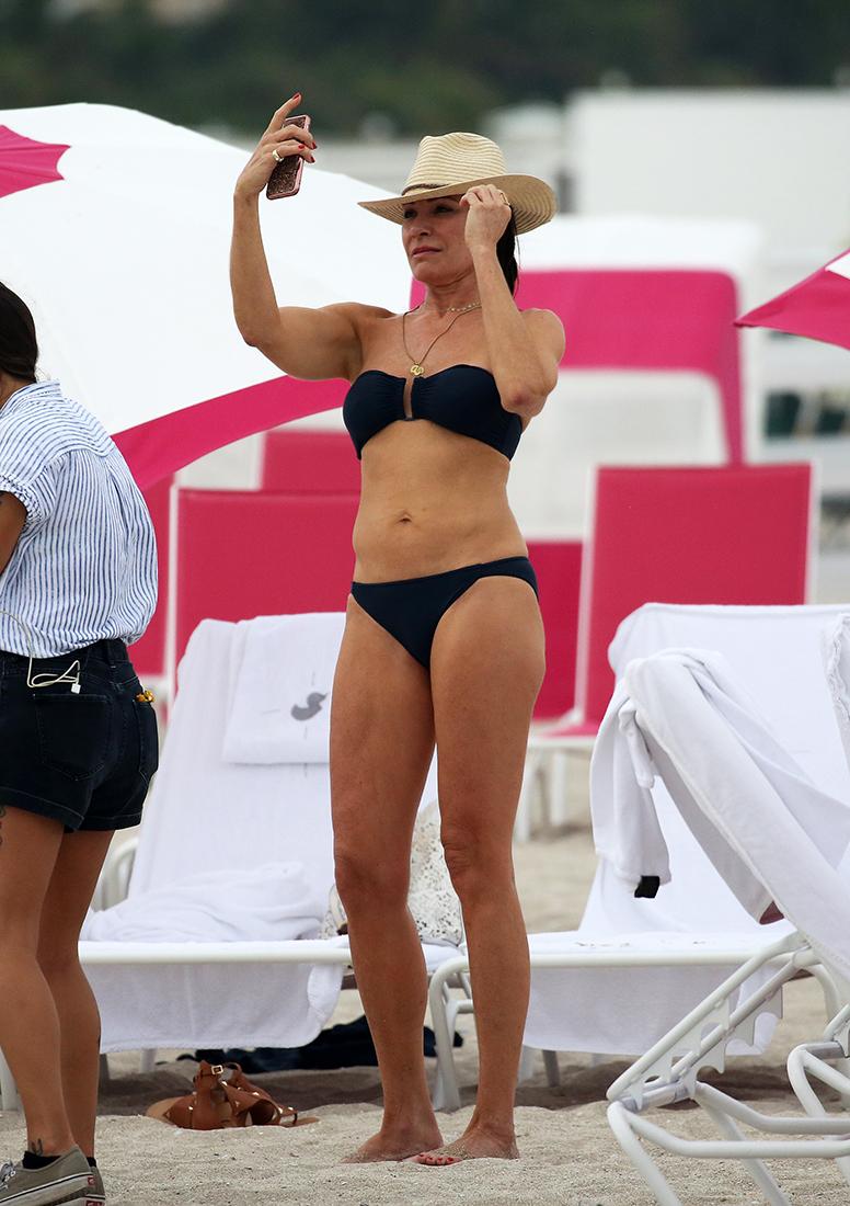 Bikini Luann de Lesseps nude (75 foto and video), Sexy, Sideboobs, Instagram, in bikini 2020