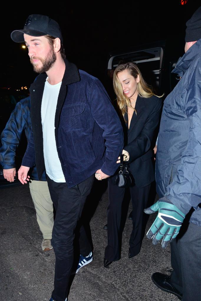 Miley Cyrus, Liam Hemsworth, Holding Hands, NYC