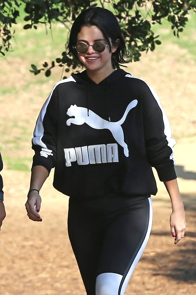 Selena Gomez, Hiking, Black Puma Sweatshirt, Sunglasses