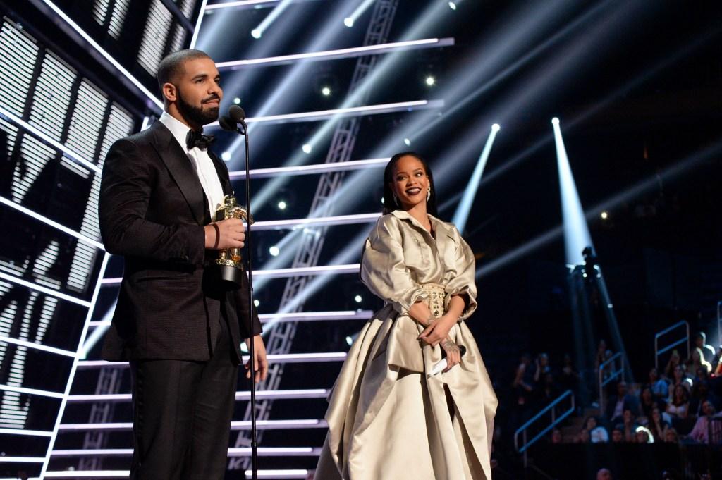 Rihanna and Drake at the 2016 VMAs