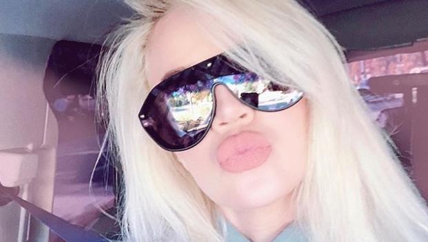 Khloé Kardashian, Instagram Selfie, Kissy Face, Sunglasses
