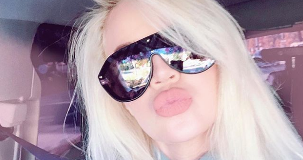 Pretty In Pink! Khloé Kardashian Dyes Her Hair And It Looks Absolutely Gorgeous