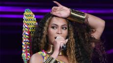Beyonce, Performing