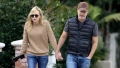 Anna Faris and boyfriend go for walk in LA