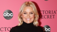 Yolanda Hadid takes out breast implants