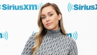 Miley Cyrus shuts down pregnancy rumors