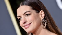 why did Anne Hathaway give up drinking