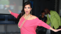 Kim Kardashian roller blading in 2007