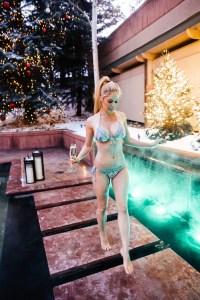 Heidi Pratt poses in a bikni
