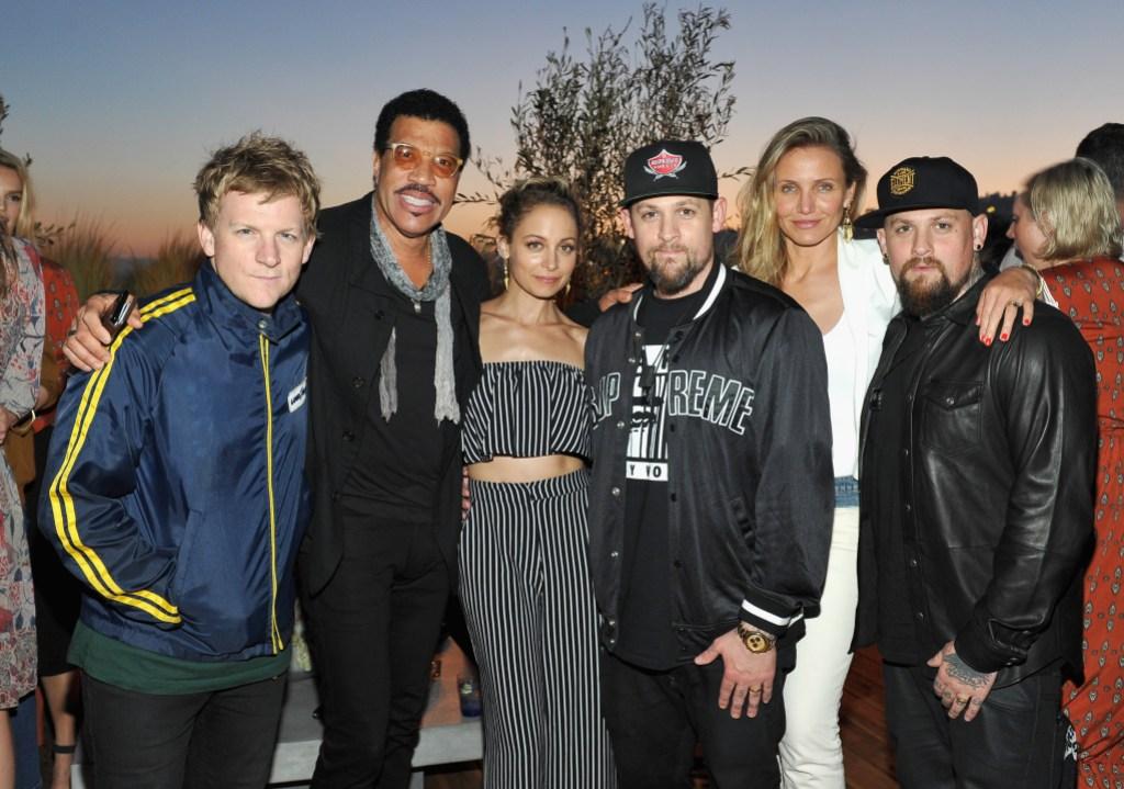 Nicole Richie, Benji Madden, Cameron Diaz, Joel Madden posing