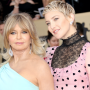 Goldie Hawn and daughter, Kate Hudson, posing together