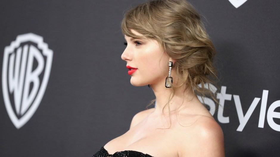 Taylor Swift, Red Lipstick, Black Dress